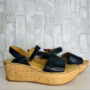 BOC BLACK LEATHER WEDGES SIZE 11